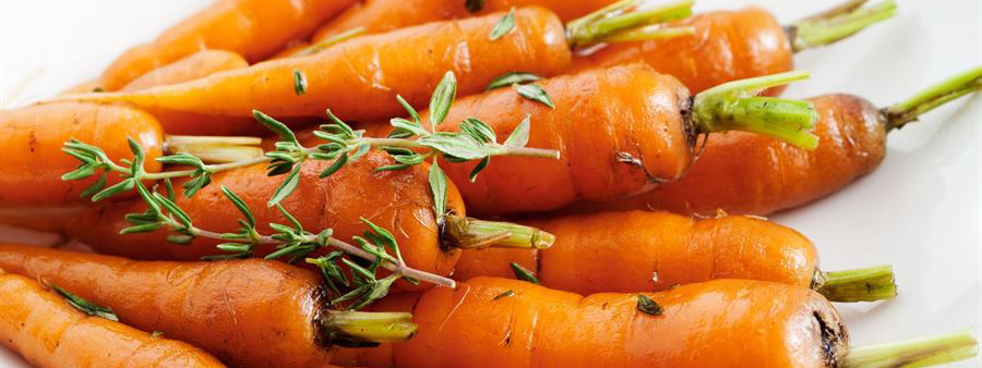 Maple Glazed Carrots | Family Friendly